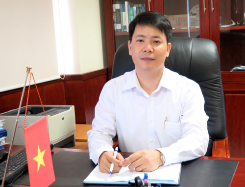 ANH HẢI (GĐ CTY XÂY DỰNG)
